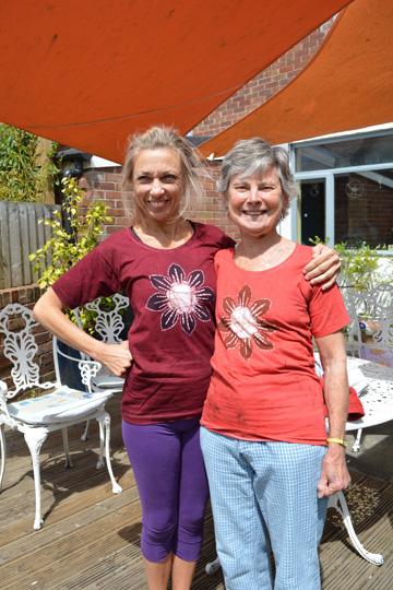 yogawest_2015t-shirts0523Lizzie&Lou_LR