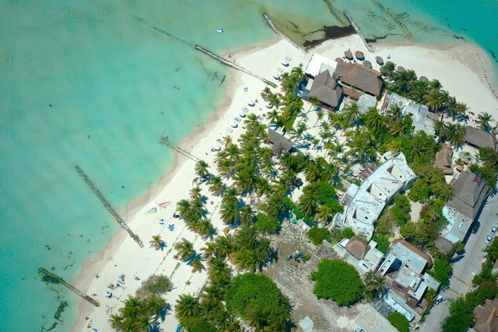 2241284-Hotel-Na-Balam-Beach-Isla-Mujeres-Hotel-Exterior-1-RTS